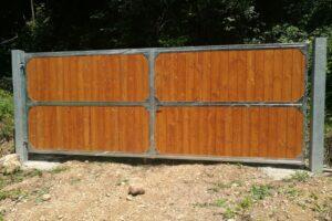 Cancello per paddock cavalli
